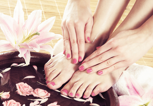 Best Sedona Nail Salon - Manicures, Pedicures in Sedona AZ 86336